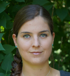 Dr. Daniela Van den Heuvel